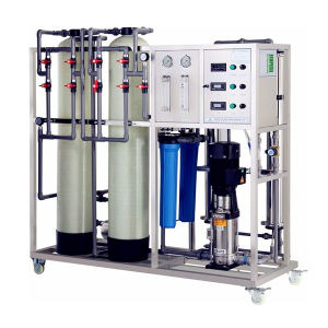 RO Water Filter Machine / Reverse Osmosis Water Treatment Plant pictures & photos