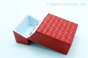 2014 New Design Plastic Cigarette Case with Embossed Rhinestone Surface 1072