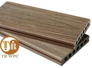 Supply Anti-UV WPC Shielded Decking