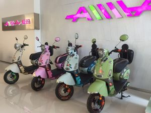 High Quality 60V Electric Mobility Scooter China E-Scooter pictures & photos