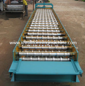 Steel Tile Metal Roof Roll Forming Machine (780) pictures & photos