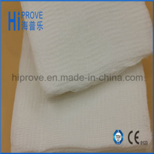 Highly Absorbent Cotton Gauze Swabs/Gauze Pad pictures & photos