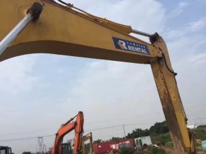 Used Komatsu Excavator Komatsu PC200-7 Excavator for Sale pictures & photos