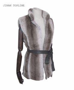 Women Fashion Fake Fur Faux Fur Vest with Front Button pictures & photos
