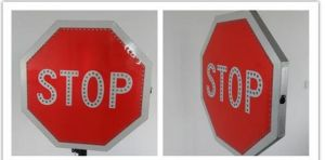 Customrized Aluminium Reflective Traffic Road Signs pictures & photos