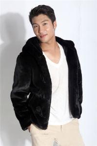 Hot Sale Rabbit Fur Coat for Men Fur Coat Garment pictures & photos