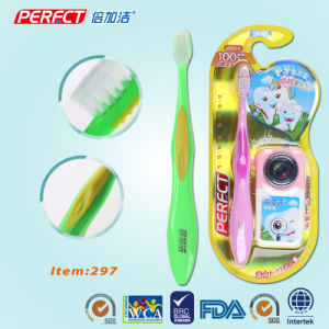 PERFECT Color Soft Kid/Child/Children Toothbrush pictures & photos