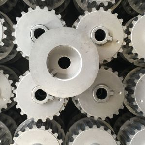 Sintered Distrubution Gear 8200042037 for Mototive pictures & photos