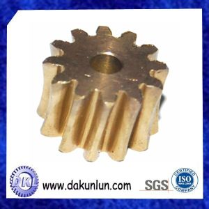 High Precision Brass Small Center Gear (DKL-G016) pictures & photos