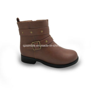 2017 Children Fashion Casual Boots with PU Upper pictures & photos