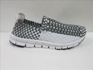Woven Shoes for Men and Women pictures & photos