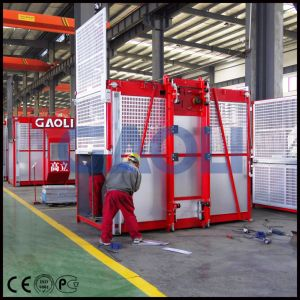 Ce/ISO Approved Electric Construction Building Material Lift pictures & photos