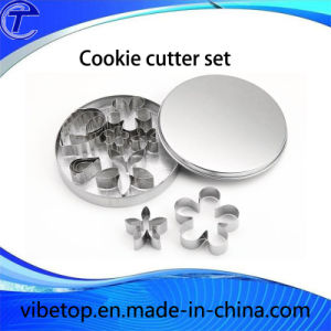 Stainless Steel Cake/Fruit/Cookie/ Biscuit Cutter Set pictures & photos