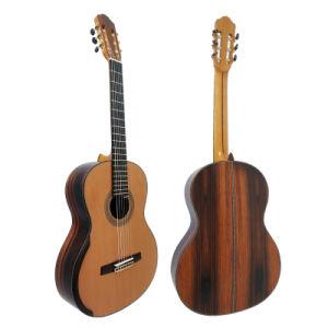 Master Level Smallman Style Nylon String Classical Guitar pictures & photos