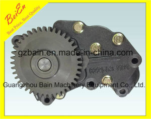 High Quality Hot Sale China Made Oil Pump of Komatsu Engine 6D108 (Part Number: 6221-51-1101 Manufacture) pictures & photos