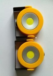 LED Portable Flashlight pictures & photos