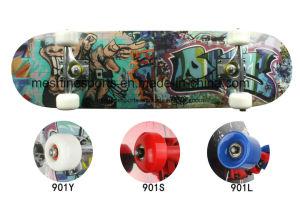 Cheap Anti-Slip Wood Skateboard Deck Manufacturer pictures & photos
