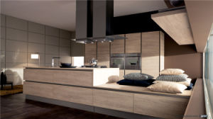 2016 Luxury Laminate Kitchen Cabinets pictures & photos