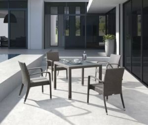 Outdoor Garden Rattan Kd Table and Stackable Wicker Chair