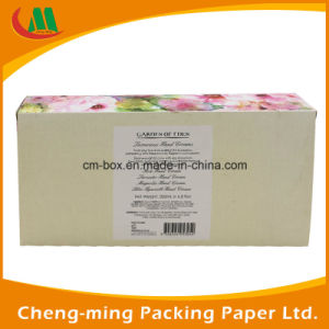 PVC Window Paper Cosmetic Gift Set Packaging Box pictures & photos