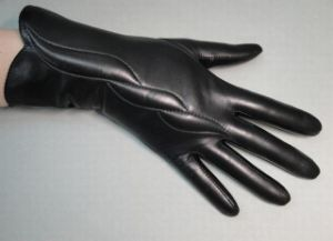 Lady Fashion Leather Gloves (JYG-23009) pictures & photos
