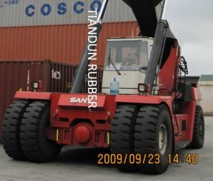Reach Stacker Tyre pictures & photos