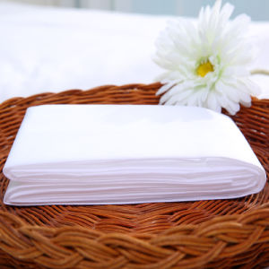 Disposable Hotel Bed Sheet, White Spunlace Hotel One Time Use Bed Linen pictures & photos