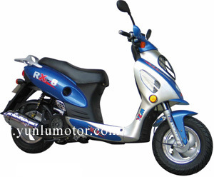 Gas Scooter 125cc (YL125T-6) pictures & photos