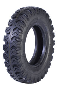 Light Truck Tyre 8.25-16 7.50-16 7.00-16 pictures & photos