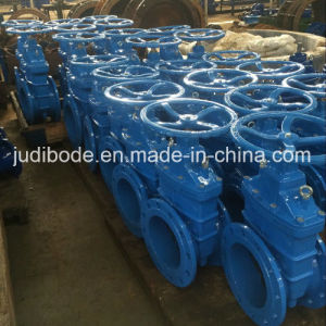 DIN Soft Seal Ductile Iron Flanged Gate Valve pictures & photos