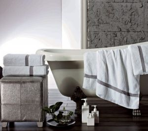 100% Cotton Terry Bath Towel (DPF2450) pictures & photos