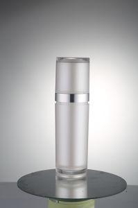 Plastic Round Bottle Cosmetic Bottle Acrylic Bottle pictures & photos