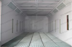 Spray Painting Equipment Powder Coating Booth pictures & photos