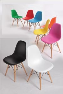 New Design Plastic Wooden Leg Eames Dining Chair