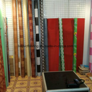 Colorful Designs 0.7mm Red Felt Back PVC Floor /Vinyl Flooring Roll pictures & photos