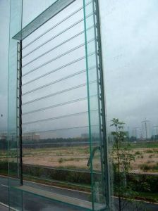 6mm Glass Louver / Louver Glass / Window Glass with ISO/CE/SGS Certificate pictures & photos