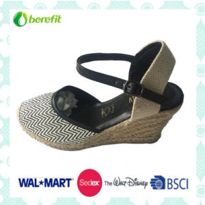 Wedge Sole and PU Upper, Women′s Sandals pictures & photos