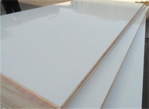 White Color Hardwood Core Melamine Laminated Plywood pictures & photos