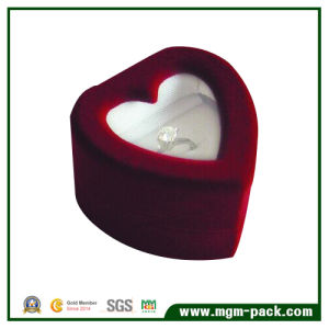 Heart Shaped Packing Plastic Jewelry Box pictures & photos
