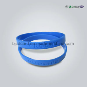 Wholesale Custom Bulk Cheap Woven Fabric Wristband pictures & photos
