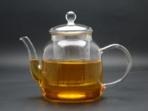 900ml Hand Made High Rate Borosilicate Glass Teapot with Glass Infuser pictures & photos