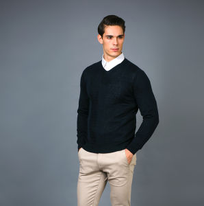 Men′ S Fashion Cashmere Blend Sweater 17brpv131 pictures & photos