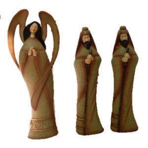 Resin Handpainted Catholic Statue Religious Figurine pictures & photos