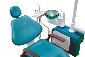 Latin-American Market Hot Selling Dental Unit with LED Sensor Lamp pictures & photos