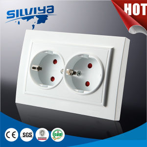 Grounded 2 Gang Schuko Wall Socket with Children Protection pictures & photos