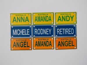 Personalized Hanging Fancy Mini Bike Bicycle Kids Name Plates pictures & photos