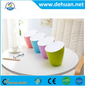 Desktop Mini Table Trash/Dustbin Plastic Waste Bins Trash Can pictures & photos