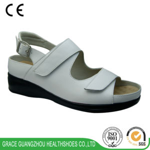 Grace Ortho Shoes Orthopedic Shoes Leather Sandal pictures & photos