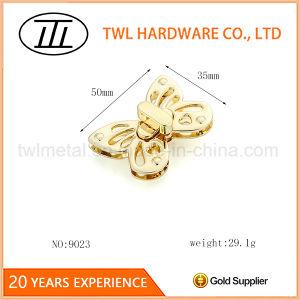 Zinc Alloy Light Gold Bag Hardware Turn Lock for Handbags pictures & photos