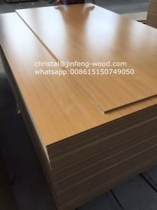 ISO9001: 2008 Export Standard Packing 1220*2440mm Melamine MDF pictures & photos